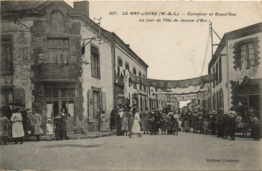 Carrefour Jour de fête de Jeanne d'Arc